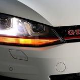 『Golf7/TSI Highline/GTI Golf7 Variant/TSI Highline等フロントウィンカー用LEDの装着方法』の画像
