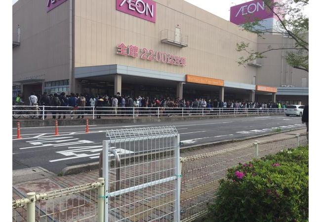 島根県に初のアニメイトがオープン!大勢のアニメファンで大行列に