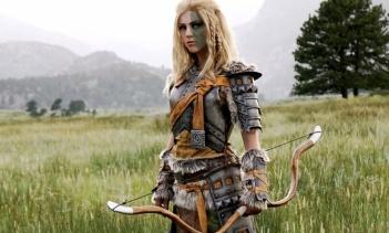 雌ライオンのムジョルと狩猟の女神アエラのコスプレ