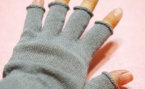 手荒れ対策に買ったシルクの手袋