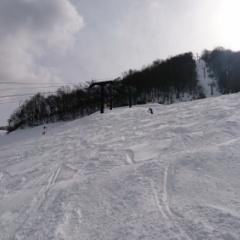登山予定がほおのき平スキー場でスキー