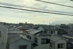 摂津市の段ボール工場火災、交野市内でも目撃されてる〜第二京阪国道の向こう側に黒煙がモウモウとのぼる〜