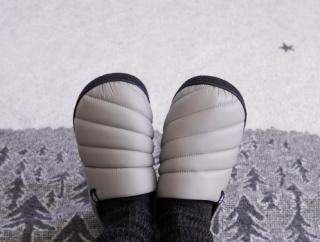 秋冬新作【ワークマン】ダウンのような暖かさのスリッポン!おしゃれで快適な冬用サンダル