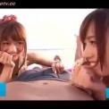 激カワ美少女「希島あいり」が海辺でハーレム乱交!美女二人で手コキ&フェラ攻め!スレンダーで美脚の水着美人に責められる主観動画
