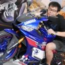 【悲報】アズレン、二周年イベントでイキったオタクが展示物のバイクに跨ってしまう