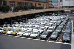 なぜ今でもタクシーはLPガス車ばかりなのか