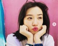 【朗報】永野芽郁 桃色リップの「ぶりっこ」ポーズ ファン歓喜「可愛いすぎ。。。」「女神みたいな存在」