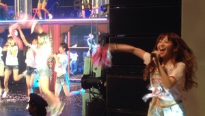 ひこうき雲を踊る小嶋陽菜さんがとても楽しそう【全国ツアー2014 IN 島根県】