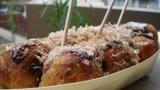 たこ焼きは爪楊枝の背に乗せて食べるのが正式なマナーって本当?