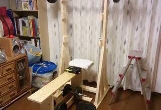 子供部屋おじさんが自作したバーベル台が危なすぎるww
