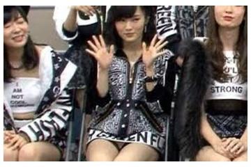 山本彩「パンツ見えてるなんてあんまり気にせぇへんかったな!」