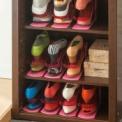 どんどん増えてしまう靴を賢く収納できる便利なホルダ…