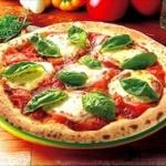 ピザ頼んだら店員に「ピザじゃなくてピッツァです!!!」ってキレられた
