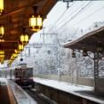 電車「みんな寒かったでしょ?車内熱々にしといたからね」