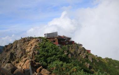 『日本百名山 赤岳へ☆その4(ファイナル)赤岳頂上山荘に泊まろう。』の画像