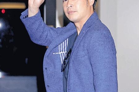 """巨人亀井、V旅行中に""""珍トレ""""ゴルフカートを使わずにダッシュ alt="""