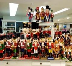 ドイツ土産いろいろ!?&ドイツ クリスマス装飾品「くるみ割り人形」!