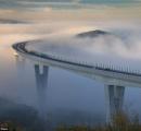 【画像】雲の上を走る道路が話題に