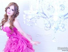 整形サイボーグ美女、ヴァニラが初の自伝エッセイ発売ww