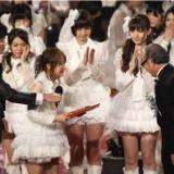 AKB48「レコード大賞」女性グループの連覇は史上初など12月30日のニュースと31日のテレビ