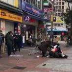 【動画】 マツキヨ前でマスクをめぐり乱闘騒ぎ