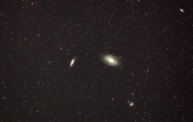 『ボーデの銀河(M81)&葉巻銀河(M82)コラボ再レタッチ』の画像