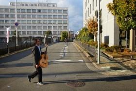 金澤ギター教室の金澤先生がNHKカルチャー【オンライン講座】「はじめてのアコースティックギター教室」で講師になってる!