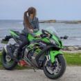 女だけどバイク乗るのって変?