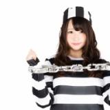 この問題分かる?『2人の囚人は自分の帽子の色を当てられるか』 条件はこちら→