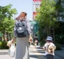 歩き始めた子どもに幼児用リード(ひも)を使う親が急増 「まるで犬みたい」