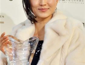 【悲報】菊川怜の顔がパンパンに劣化