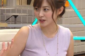 久冨慶子の胸チラ、パンチラサービスはもう見れなくなるのかな
