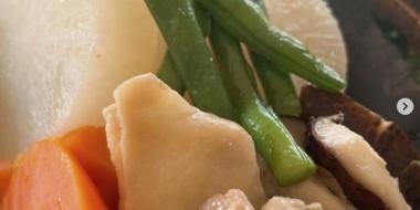 【画像】佐々木希、ただの煮物が過大評価されることにツッコミ殺到「別に普通」