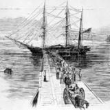 【画像】奴隷船の黒人の運び方、怖すぎる・・・・