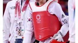 【テコンドー】韓国世界王者、日本選手にボコボコにされ敗退…ネチズン阿鼻叫喚