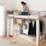 『狭い部屋に最適!ロフトベッドを活用した大人インテリア 2/2 【インテリアまとめ・リビング 狭い 】』の画像