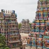 【画像】インドの寺院が派手すぎると話題に!外壁を彩る神々が圧倒的存在感を放つ『ミーナクシ寺院』