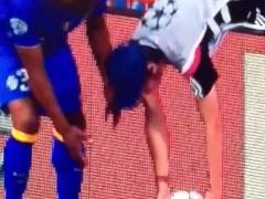 """【動画】レアル×ユーベの試合での""""ボールボーイ""""の遅延行為が酷いwww"""
