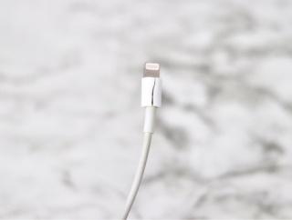 アップル社から、無償で充電ケーブルを貰う方法