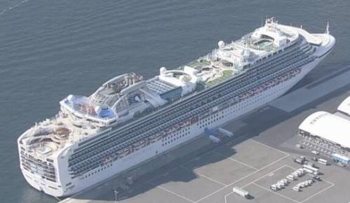 横浜港のクルーズ船で新型コロナ感染者が174人に拡大 4人が重症(海外の反応)