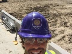 【 画像 】元ブラジル代表のカカが工事現場の作業員になっててワロタwww