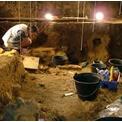フランス西部 後期旧石器時代(マドレーヌ期)洞窟遺跡 発掘調査