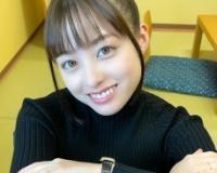 【悲報】橋本環奈さん、明らかに合成の自撮り写真をアップしてしまうwwwwwwww