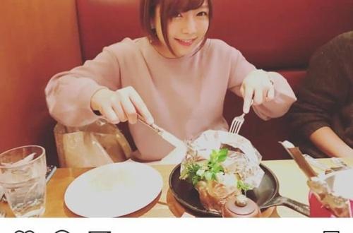 AV女優SNS「今日は○○の撮影でしたー!」セクシー写真チラー←無能のサムネイル画像