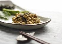 納豆「栄養ありまくります。激安です。混ぜるだけ。味よし」