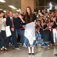安室奈美恵、台湾到着で空港パニック イモトアヤコの姿も!