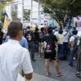 カワサキ国家安全維持法委員さん、日本人の街頭演説で違法発言がないか監視してしまう