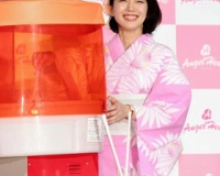【悲報】吉岡里帆さん(26)、ピンクの浴衣を着てしまいガルチャン大炎上