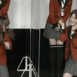 『【gifあり】おいどうしたwww 生田絵梨花、舞台挨拶で暴れるwwwwww【乃木坂46】』の画像