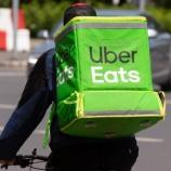 『【驚愕】Uberに搾取される日本人!世界で日本だけUber Eatsが大人気で、前年比400%の急成長を記録。』の画像